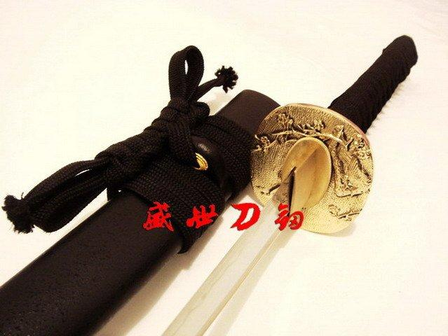 Battle Ready Clay Tempered T-10 Blade Japanese Sparrow Tsuba Wakizashi Katana Shark Skin Saya